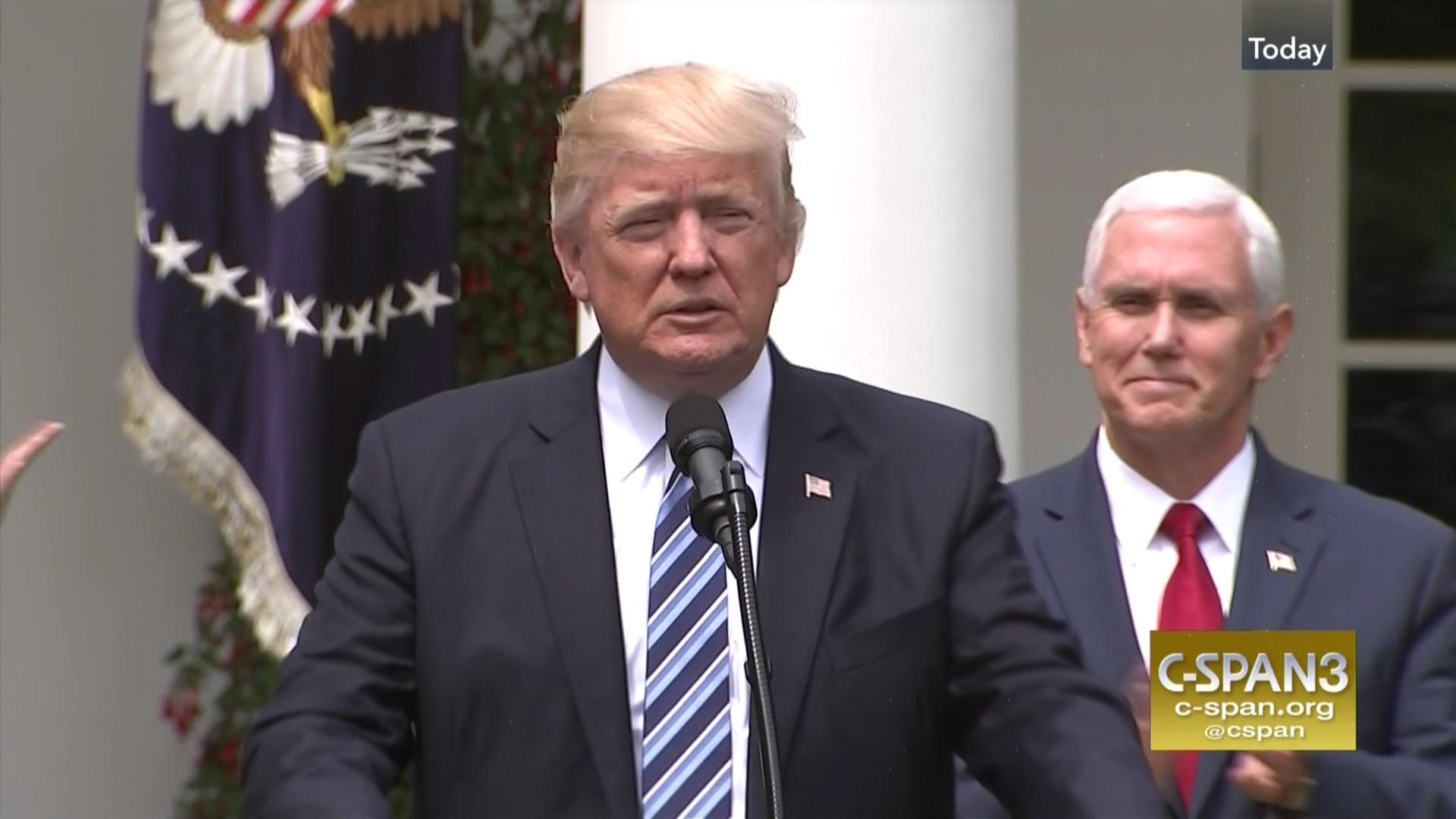 President Trump Signs Religious Liberty Executive Order, May 4 ...