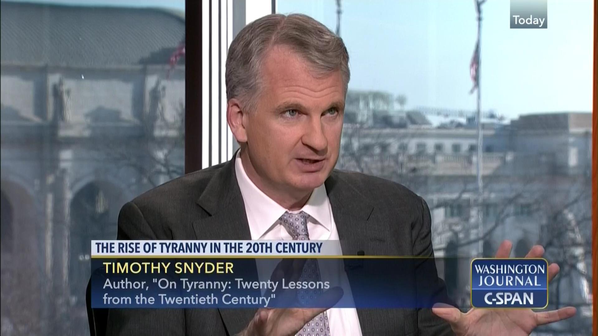 Timothy snyder war no more